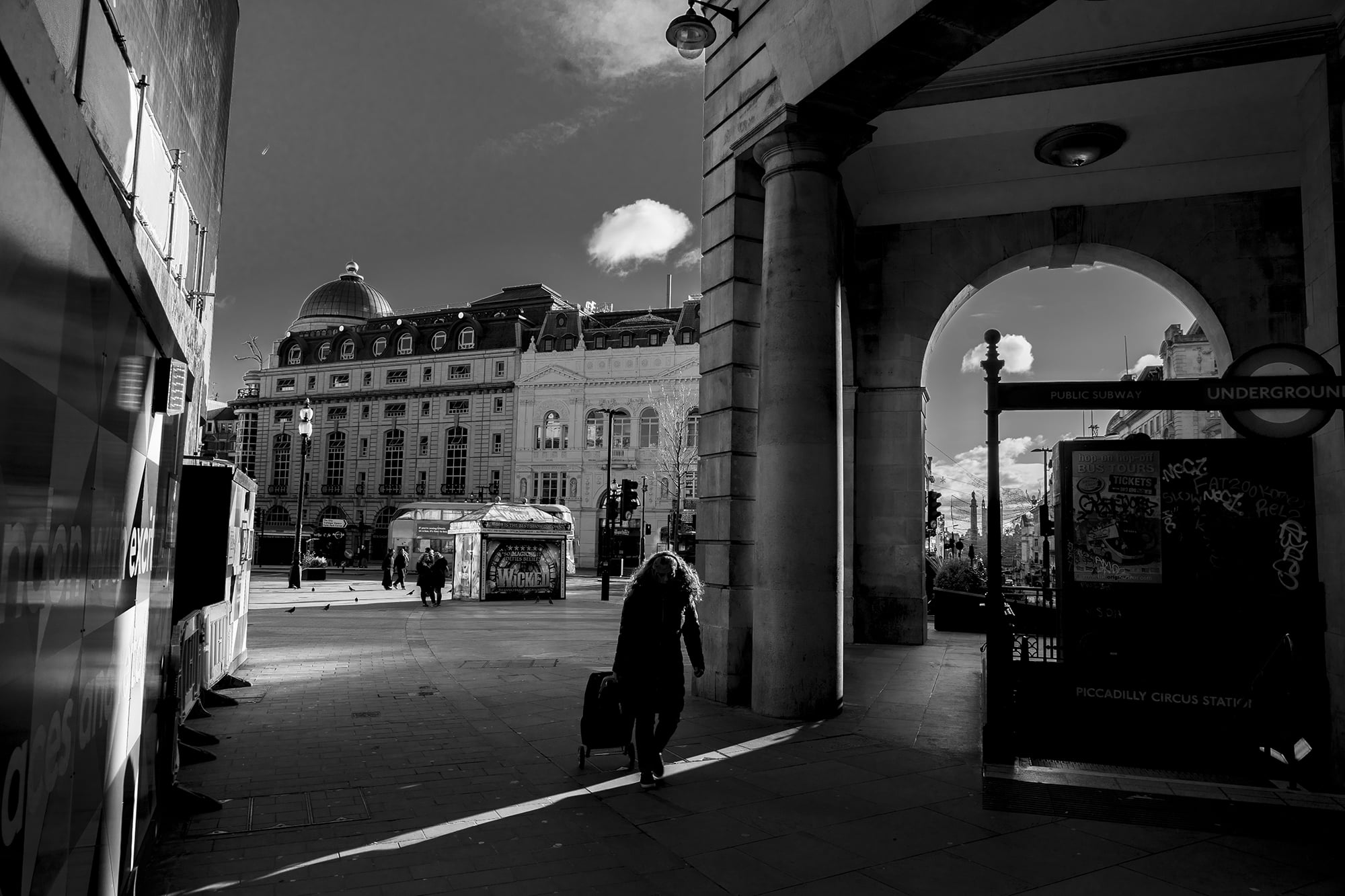 Piccadilly 2